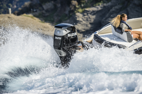 SUZUKI LAUNCHES NEW DF325A OUTBOARD - ANOTHER REVOLUTION IN